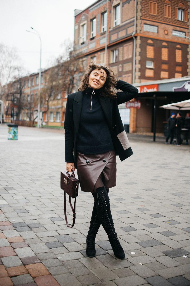 высокие сапоги с чем носить