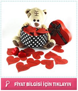 sevgiliye romantik sözlerden oluşan sevimli hediye