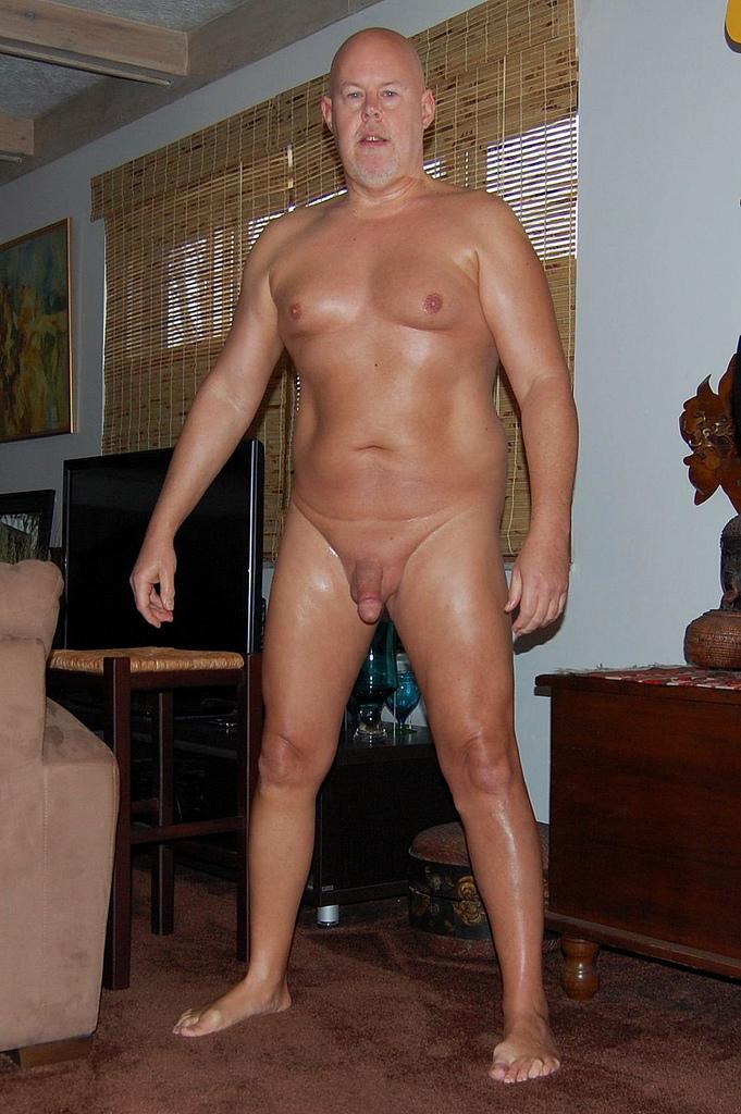 MundoDeDaddies Fat Cock Dad