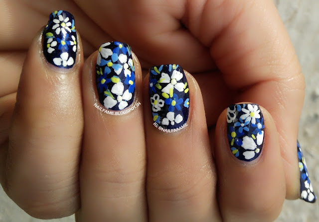 FLOWER NAILART