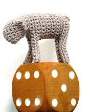 DIY: little crochet lamb