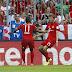 Com show de Müller e Douglas Costa: e sem zagueiros, Bayern goleia e segue 100%