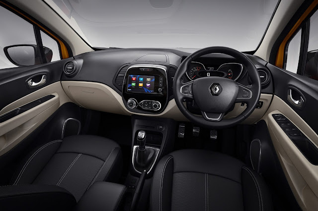Renault Capture interior hd image