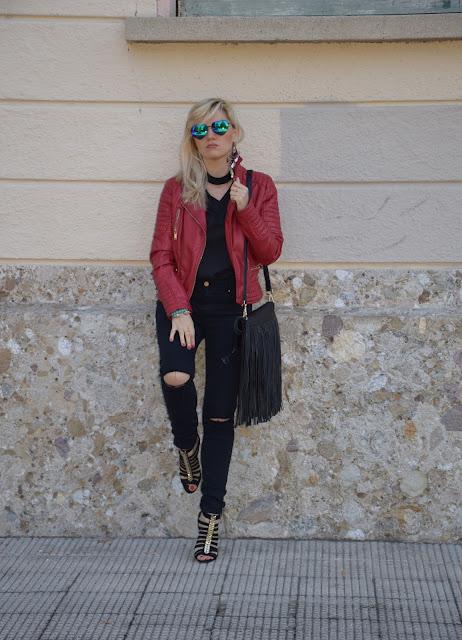 outfit chiodo di pelle rosso come abbinare il chiodo di pelle rosso abbinamenti chiodo pelle rosso outfit maggio 2017 mariafelicia magno fashion blogger colorblock by felym fashion blog italiani fashion blogger italiane