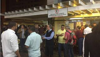 Vídeos: Petistas fazem farra no posto que deu origem a Operação Lava Jato
