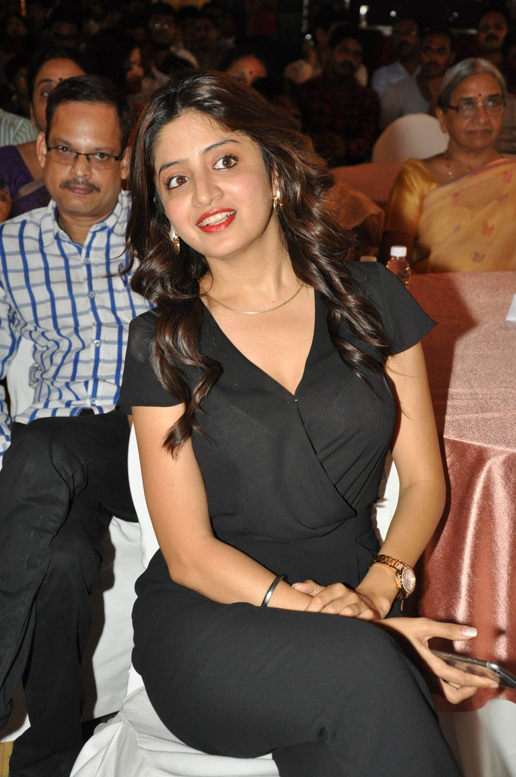 Poonam Kaur Photo Gallery, Poonam Kaur hot Pics in black Dress from 365 Days Movie Audio Launch