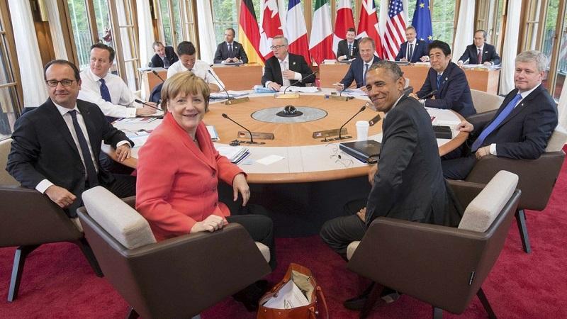 """Nga bị G7 """"đánh hội đồng"""", bắt phải trả giá 2"""
