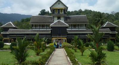 Istana Lama Seri Menanti, Negeri Sembilan