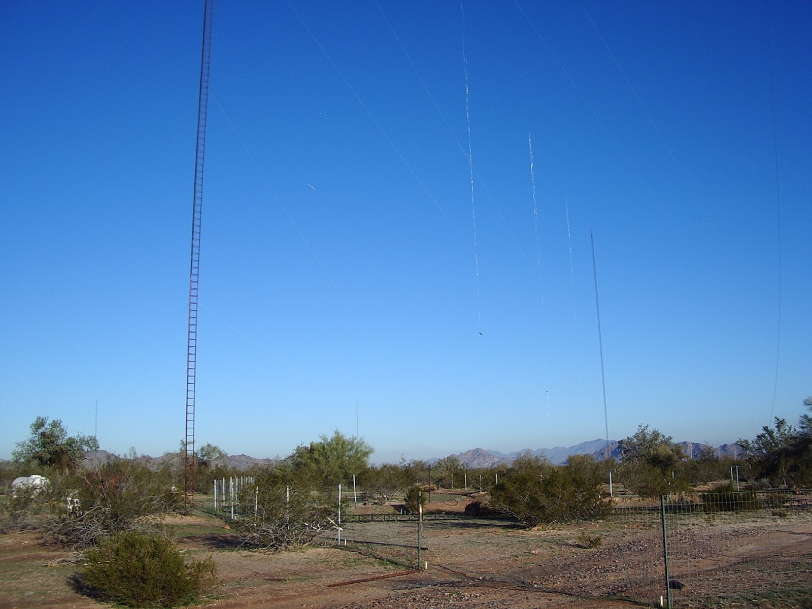 w7yrv - Roy's Antenna Farm : 8o meter 8 element sterba