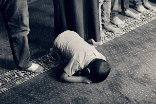 7 Wisdoms of bowing down to Allah (Prostration or Sujuud) cc0 pixabay