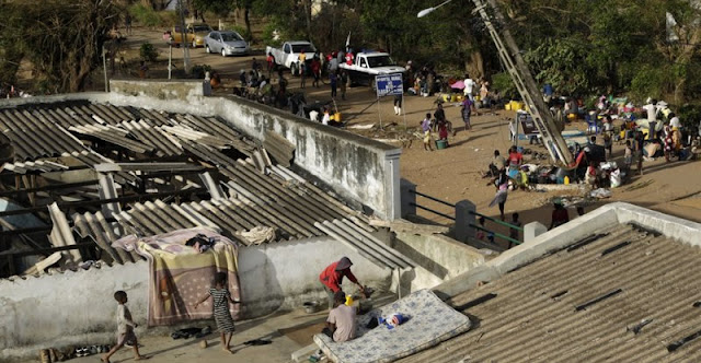 BEIRA. El número de víctimas mortales por el paso del ciclón Idai por Mozambique se elevó a 446 personas, dijeron las autoridades el domingo.