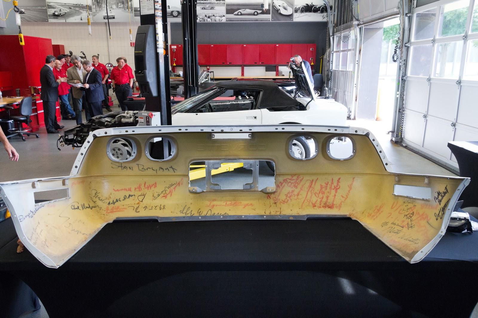 National Corvette Museum Sinkhole Swallowed 1 Millionth