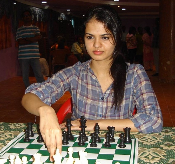 tania sachdev sexy indian chess master 02