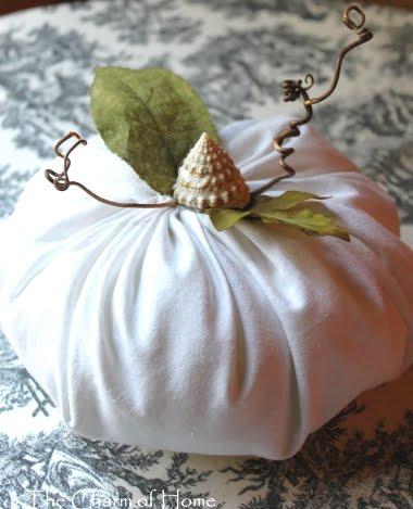 making a fabric pumpkin