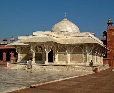 Dargah-Tomb-of-Sufi-Saint-Sheikh-Salim-Chishti-r.a., heritageofindia, Indian Heritage, World Heritage Sites in India, Heritage of India, Heritage India