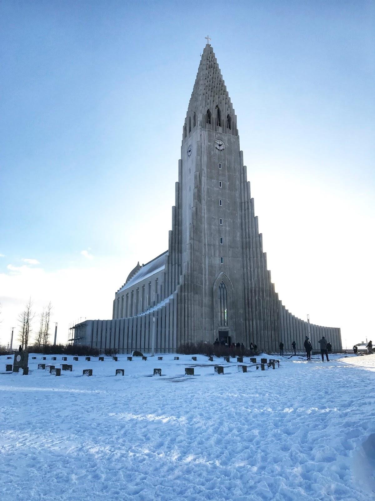 Image of Hallgrimskirkja in Reykjavik