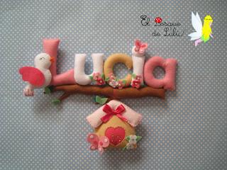 nombre-fieltro-decoración-infantil-regalo-nacimiento-Lucía-elbosquedelulu-hechoamanoparati-regalo-personalizado