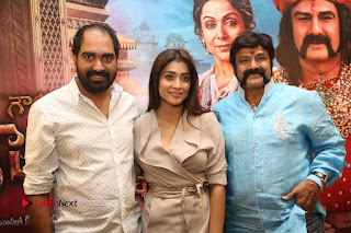 Shriya Saran Nandamuri Balakrishna at Gautamiputra Satakarni Team Press Meet Stills  0218.JPG