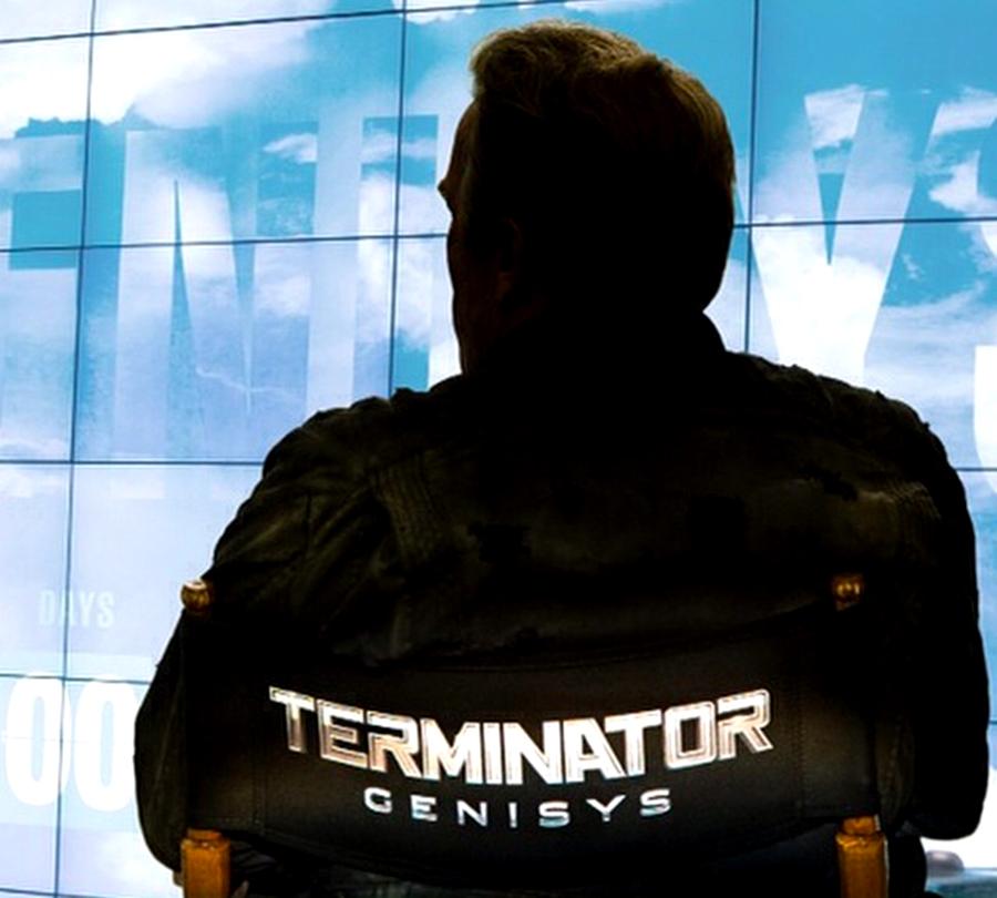 Arnold Schwarzenegger pe platourile de filmare pentru filmul Terminator Genisys