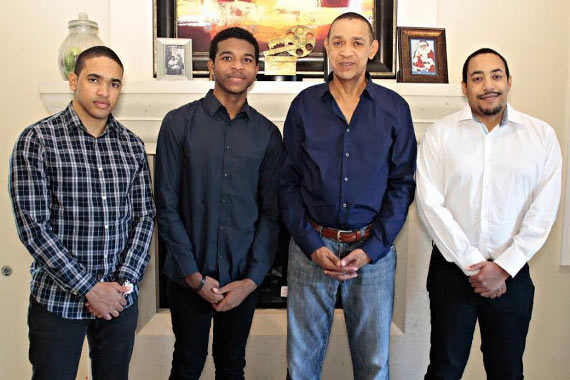 Sen Ben Murray-Bruce hangs out with his children
