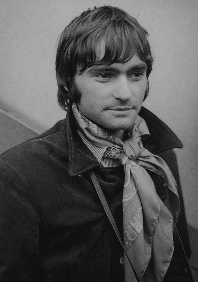 Marty Balin ˈ b æ l ɪ n born Martyn Jerel Buchwald January 30 1942 is an American singer songwriter and musician best known as the founder and one of