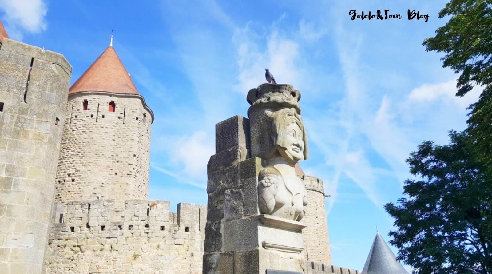 carcassonne-carcasona-princesa-carcas-entrada-puerta-narbona-viajes-con-niños-ciudad-medieval
