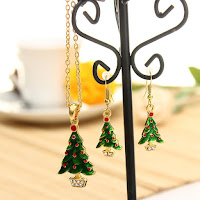 http://www.banggood.com/Christmas-Tree-Santa-Claus-Enamel-Jewelry-Set-Necklace-Earrings-p-954104.html?rmmds=collection?utmid=1100?utm_source=sns&utm_ medium=redid&utm_campaign=4dnaomi&utm_content=chelsea