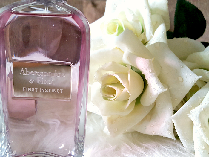 Review: Flakon, Design, Duftnoten: Summer Scents: Abercrombie & Fitch First Instinct Woman