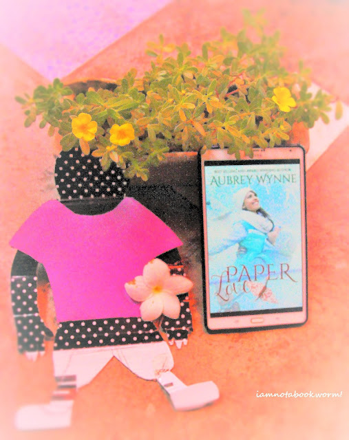 Paper Love by Audrey Wynne | A Book Review by iamnotabookworm