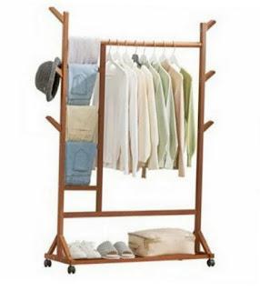 Rak Gantungan Baju Kayu Beroda, harga Rp 219.000,