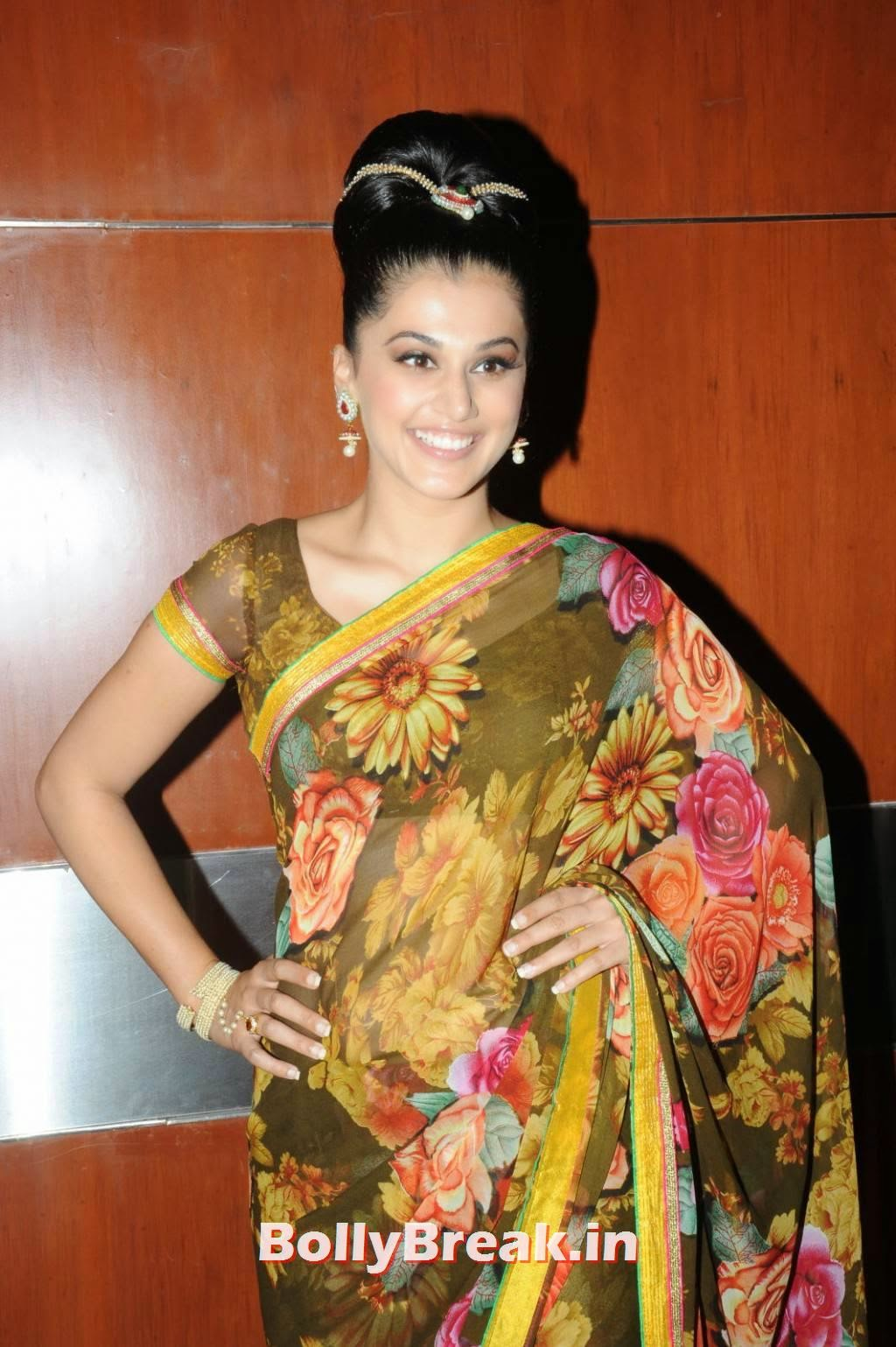 , Tapsee Pannu Hd Images in Saree - Latest Pics