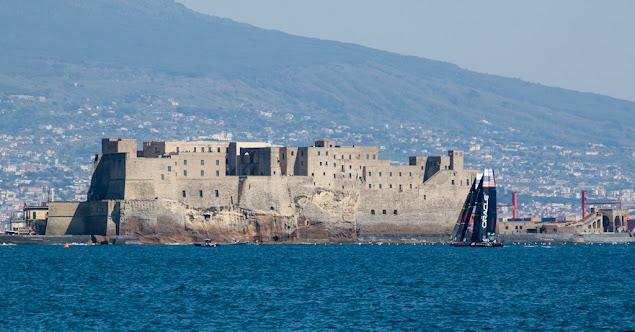 America's cup di vela a Napoli