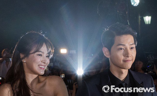 Song Joong Ki, Song Hye Kyo, Song Joong Ki and Song Hye Kyo,  Descendants of the Sun, SongSong Couple, Song Joong Ki and Song Hye Kyo dating, Song Hye Kyo Song Joong Ki couple, KiKyo couple, 태양의후예, 송혜교, 송중기, 송중기