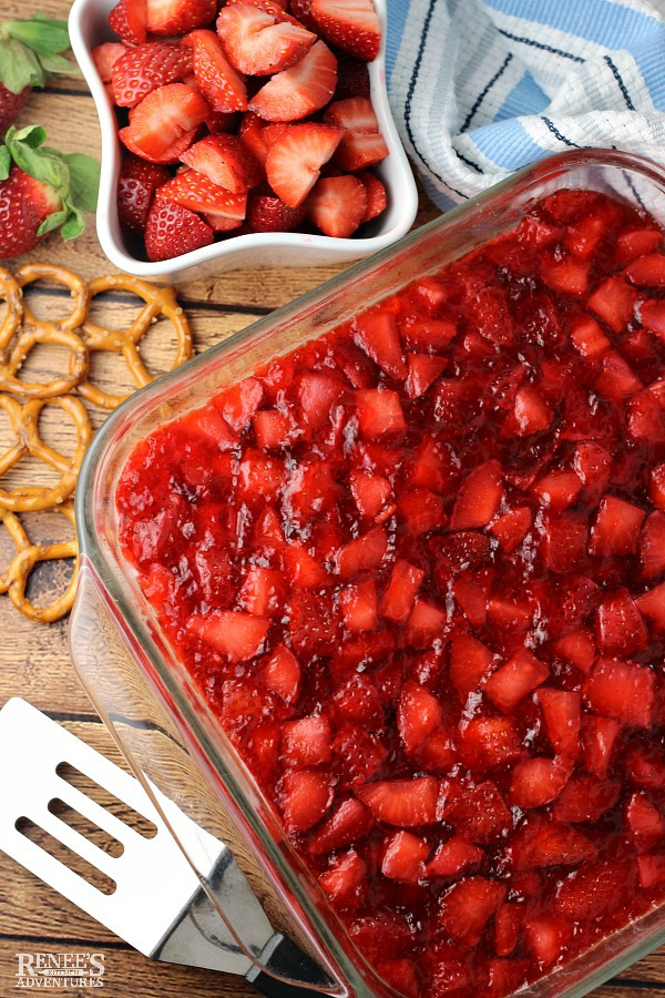 Folded into cakes, churned into ice cream, or simply sprinkled on top with a dab of whipped cream, fresh strawberries steal the spotlight in these desserts.