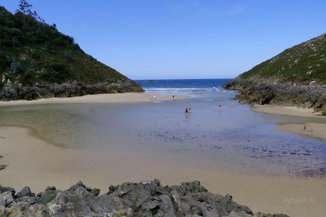 Playa de La Entrada - Niembru -Llanes