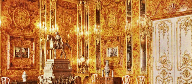 Κυνηγοί θησαυρών ανακοίνωσαν ότι ανακάλυψαν την τοποθεσία του Κεχριμπαρένιου Δωματίου της Ρωσίας