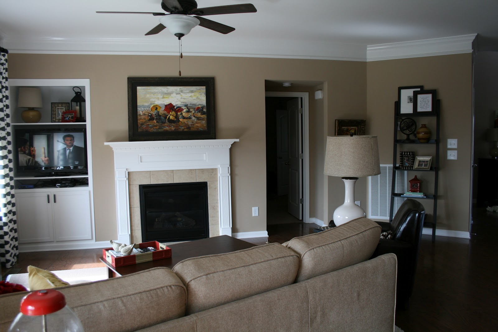 the bozeman bungalow living room accent wall done. Black Bedroom Furniture Sets. Home Design Ideas