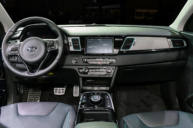 2018 Introduce Kia Niro EV crossover at Paris motorshow interior view