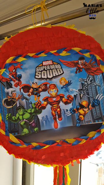 superhero-pinata