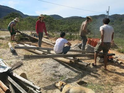 Rede de voluntarios do Instituto de Permacultura EcoVIDA em ação