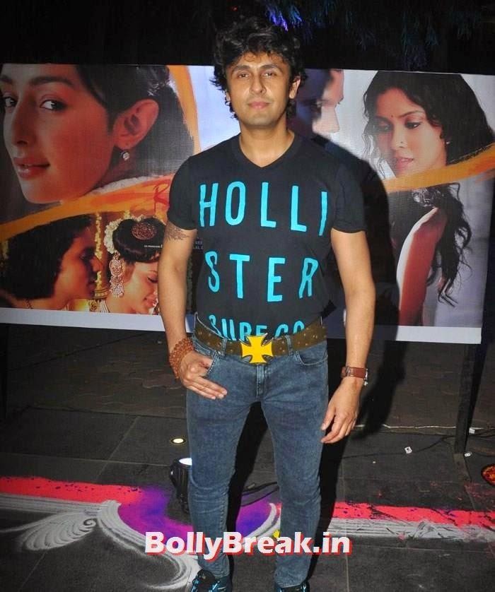 Sonu Nigam, Pics from 'Rang Rasiya' Music Launch