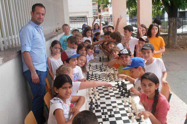 Το Σκάκι σε 4 Δημοτικά Σχολεία της Αλεξανδρούπολης