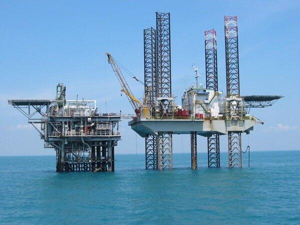 انواع ابراج الحفر Types of drilling rigs