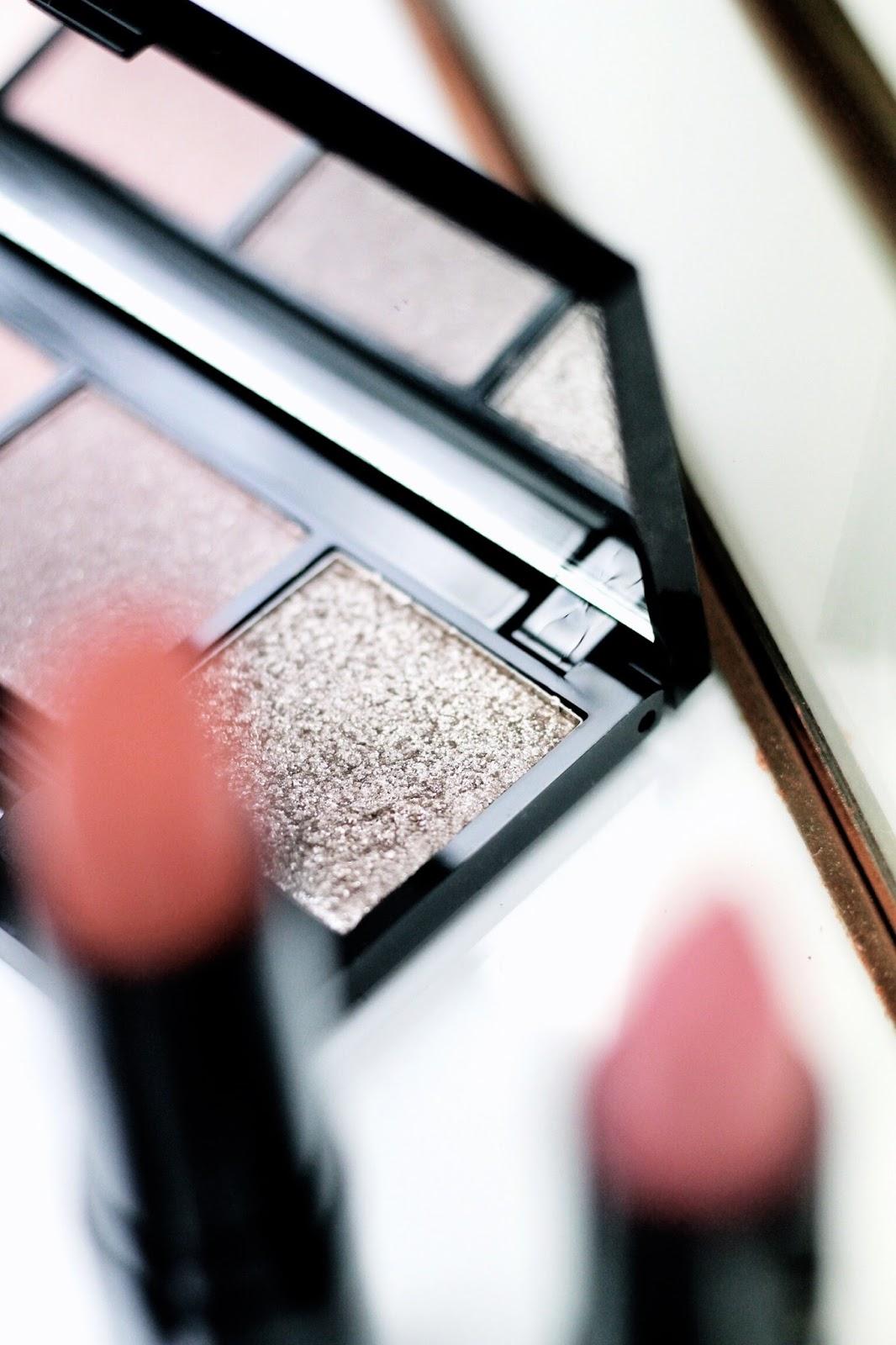 Mii Cosmetics Couture Eye Colour Compact in Brocade