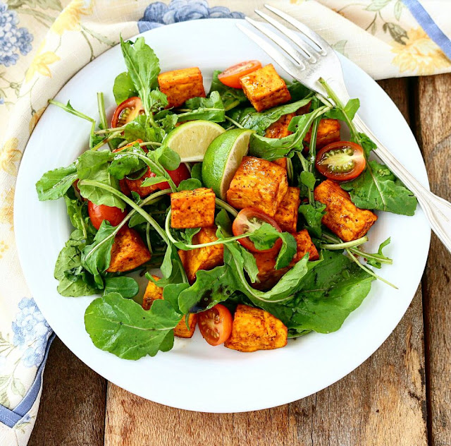All this wonderful fresh flavours are brought together by a simple balsamic lime vinaigrette for an easy to prepare salad that is packed with nutrients and flavor.