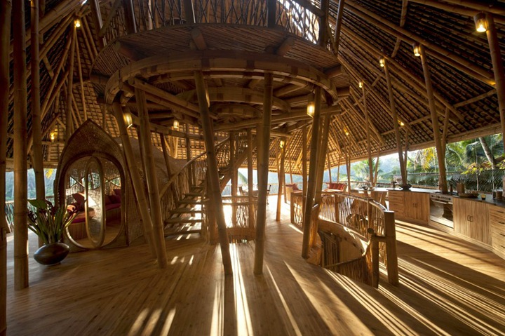 04-Ibuku-Architecture-Bamboo-House-on-4-Levels-www-designstack-co