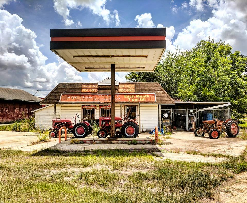 Forgotten Georgia: The Old Pine Valley Store in Cook County