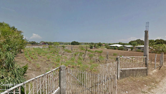 Barrio Hukay looked like it was in a pit, hence the name.  Image source:  Google Earth Street View.