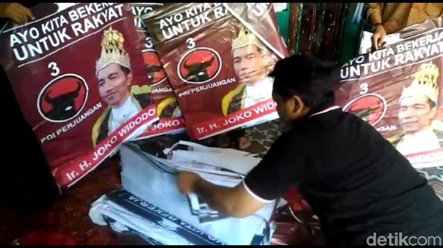 PDIP Ragu Pemasang 'Raja Jokowi' Pro-Jokowi, Ini Analisisnya