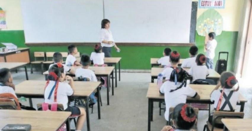 Maestros contratados tendrán los mismos beneficios mensuales que un docente nombrado, según norma aprobado por el Congreso
